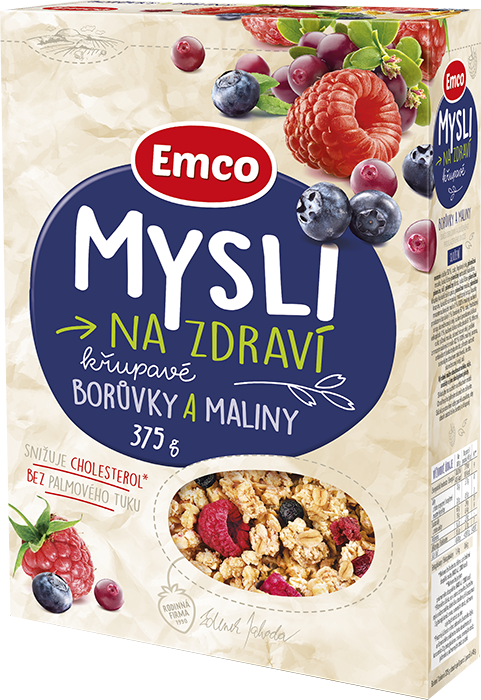 Crunchy müsli with blueberries and raspberries
